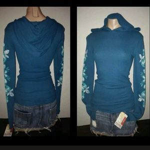 🎉🎈🎉SOLD🎉🎈🎉MOSSIMO HOODED SHIRT